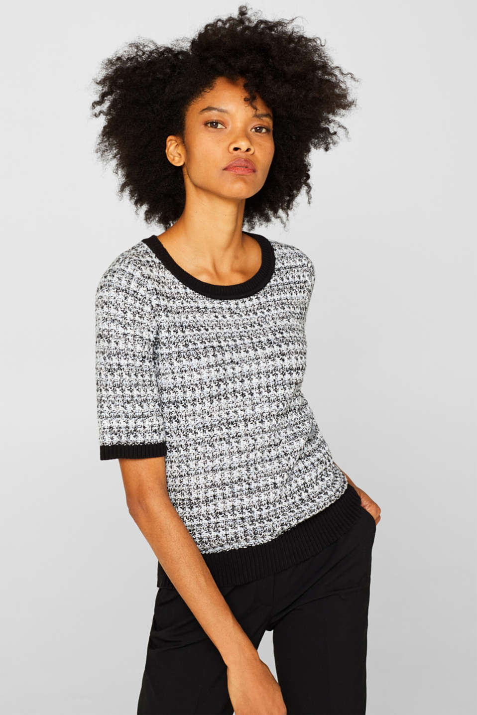 Esprit - Short-sleeved jumper with a two-tone texture