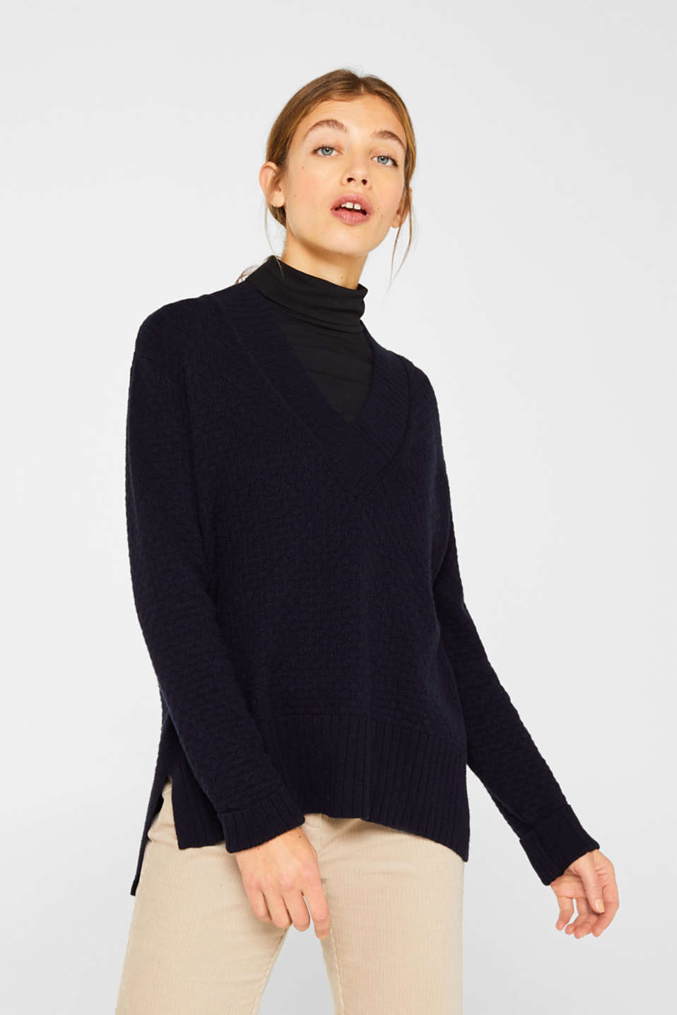Esprit - With wool: Jumper with a textured pattern