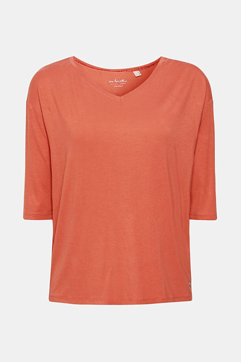 Flowing stretch T-shirt with a V-neckline