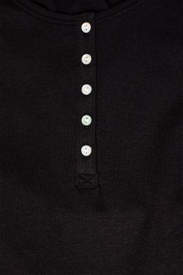 Long sleeve Henley top with stretch for comfort
