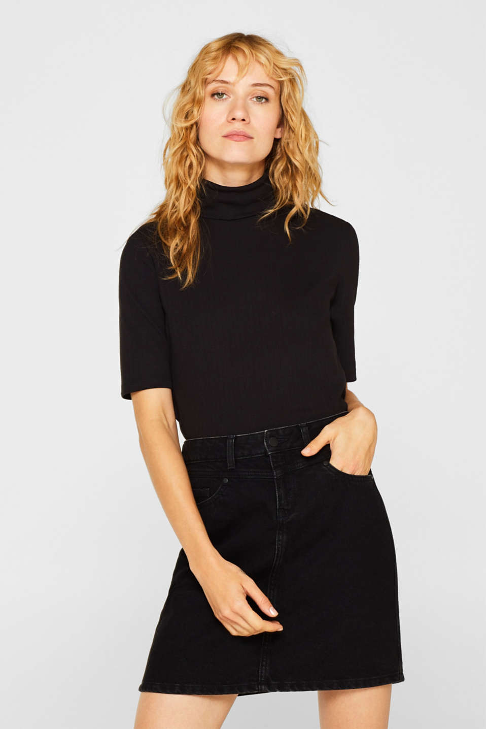 Esprit - Ribbed top with a polo neck and added stretch