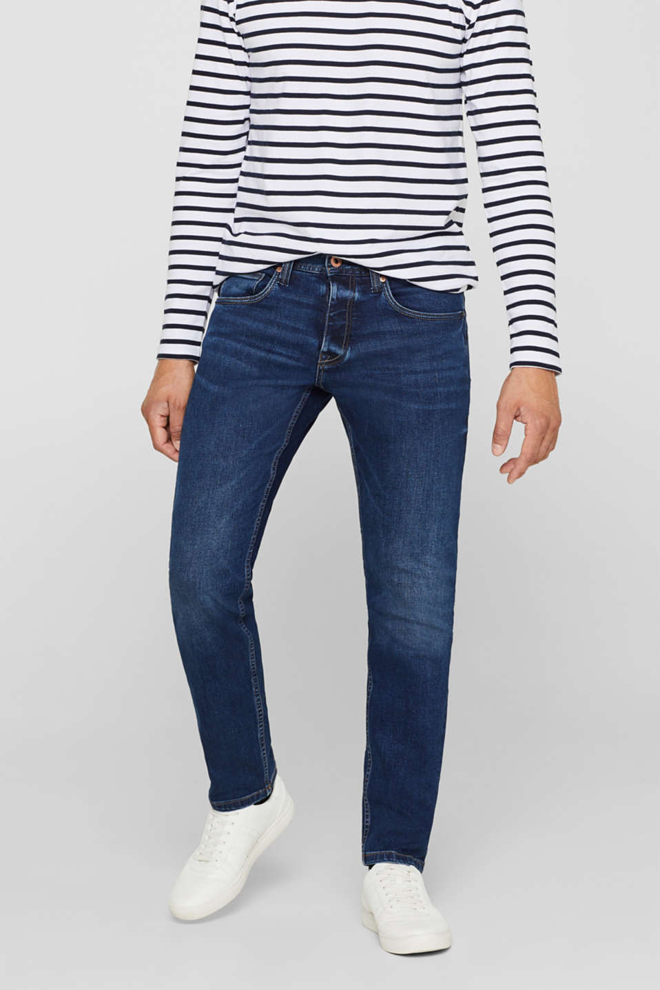 Esprit - Superstretchig denim med sliten tvätt
