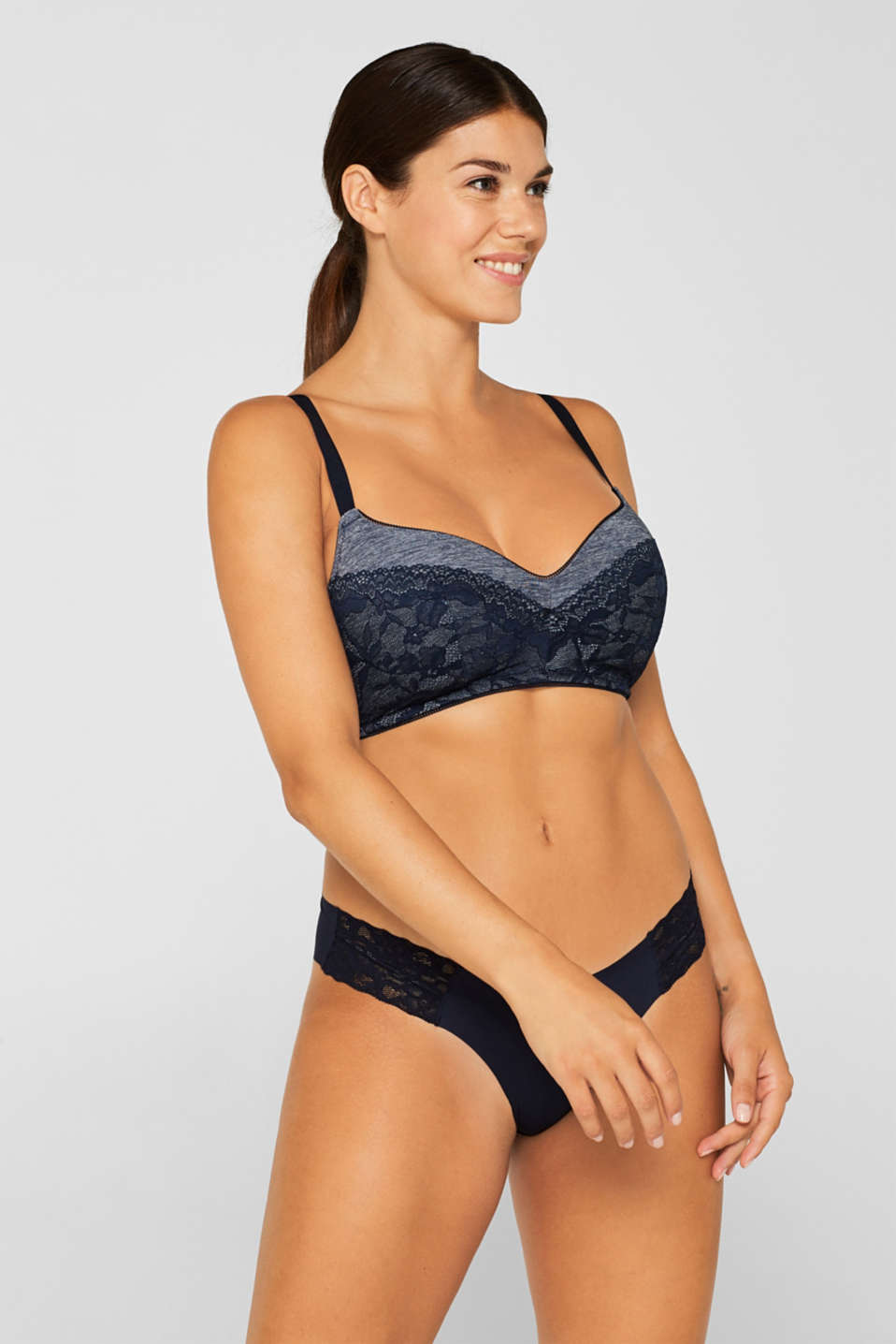 Padded bra in a mix of materials, for larger cup sizes, NAVY, detail image number 0