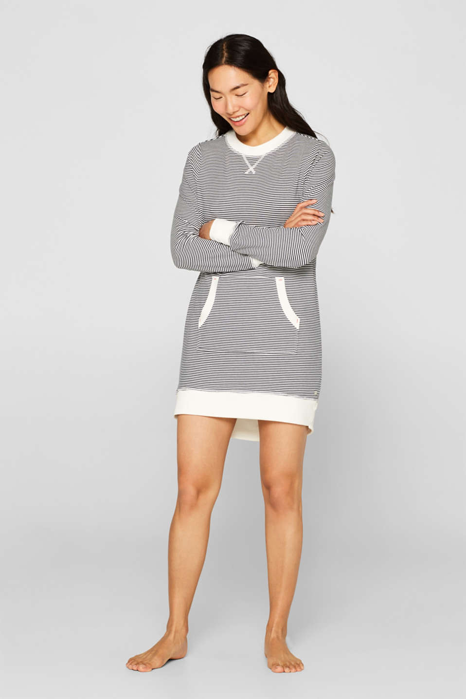 Esprit - Stretch jersey nightshirt with a kangaroo pocket