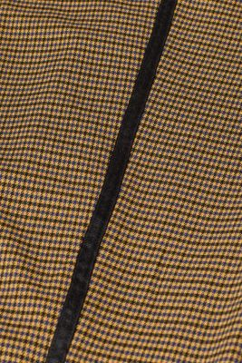 Stretch trousers with a houndstooth pattern and racing stripes
