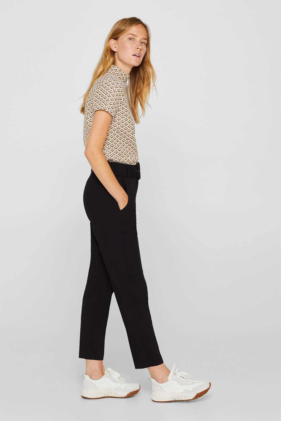 Esprit - Stretch trousers in a chino style