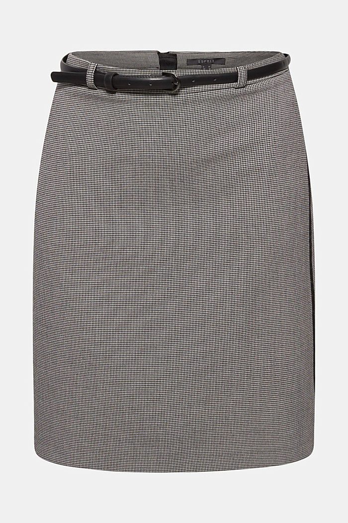 Pencil skirt with houndstooth pattern