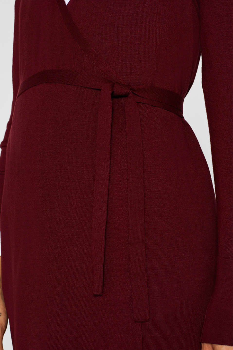 Wrap-over knit dress with LENZING™ ECOVERO™, GARNET RED, detail image number 3