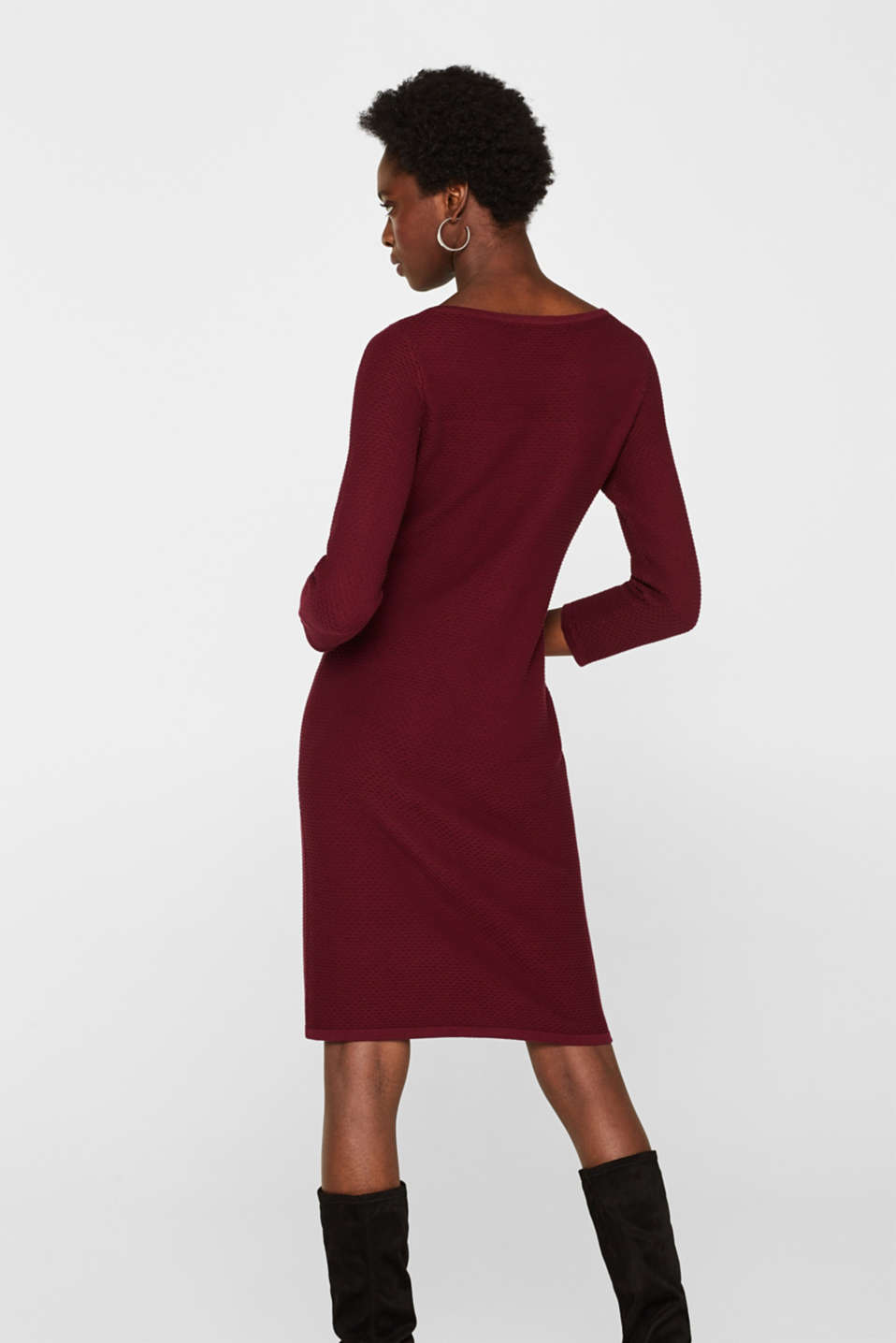 Textured knitted dress with decorative buttons, GARNET RED, detail image number 2