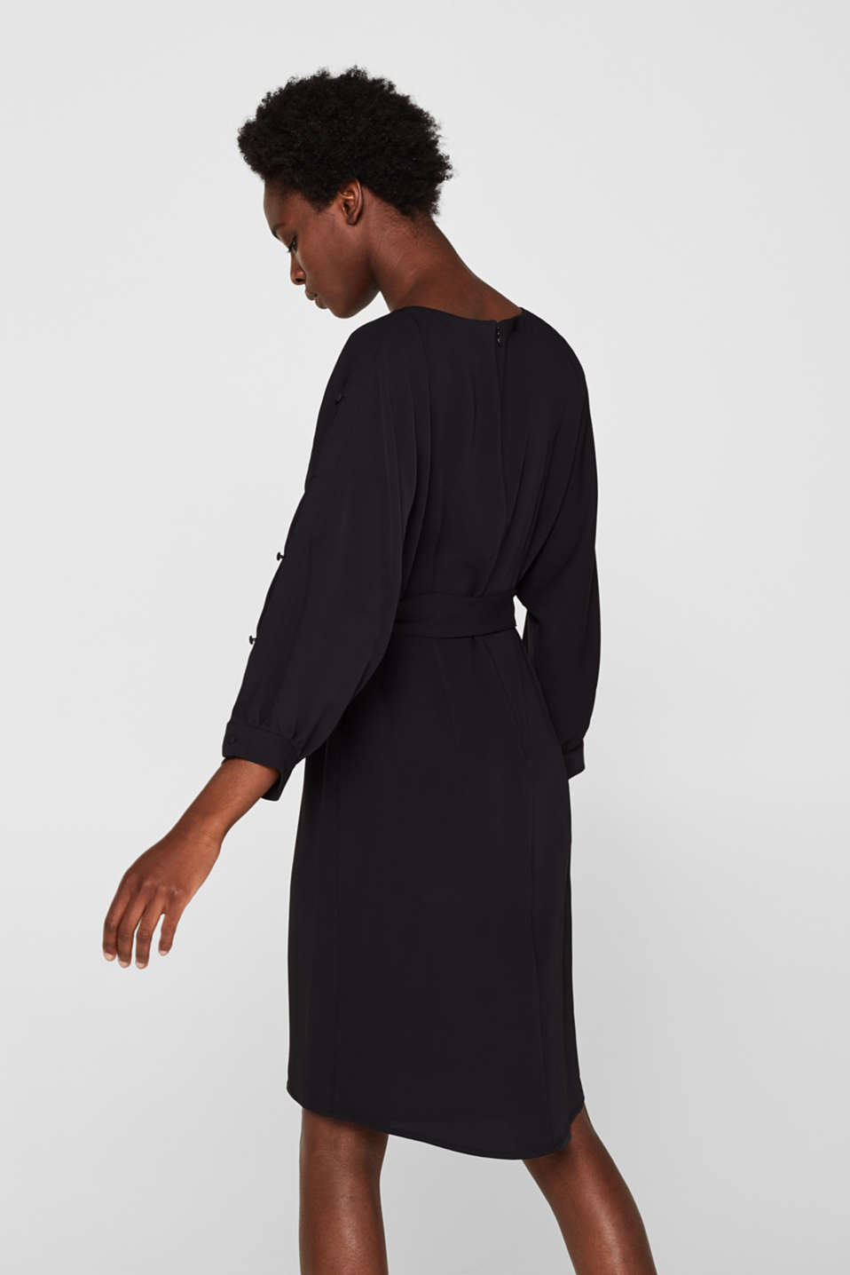 Woven dress with batwing sleeves and a tie-around belt, BLACK, detail image number 2