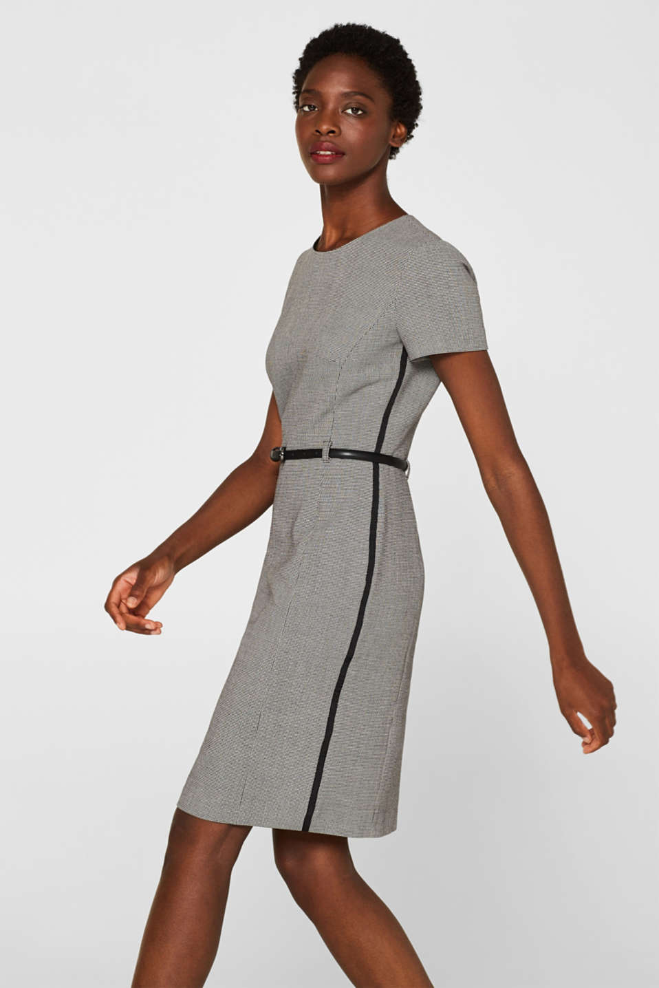 Esprit - Houndstooth sheath dress made of jersey with a belt