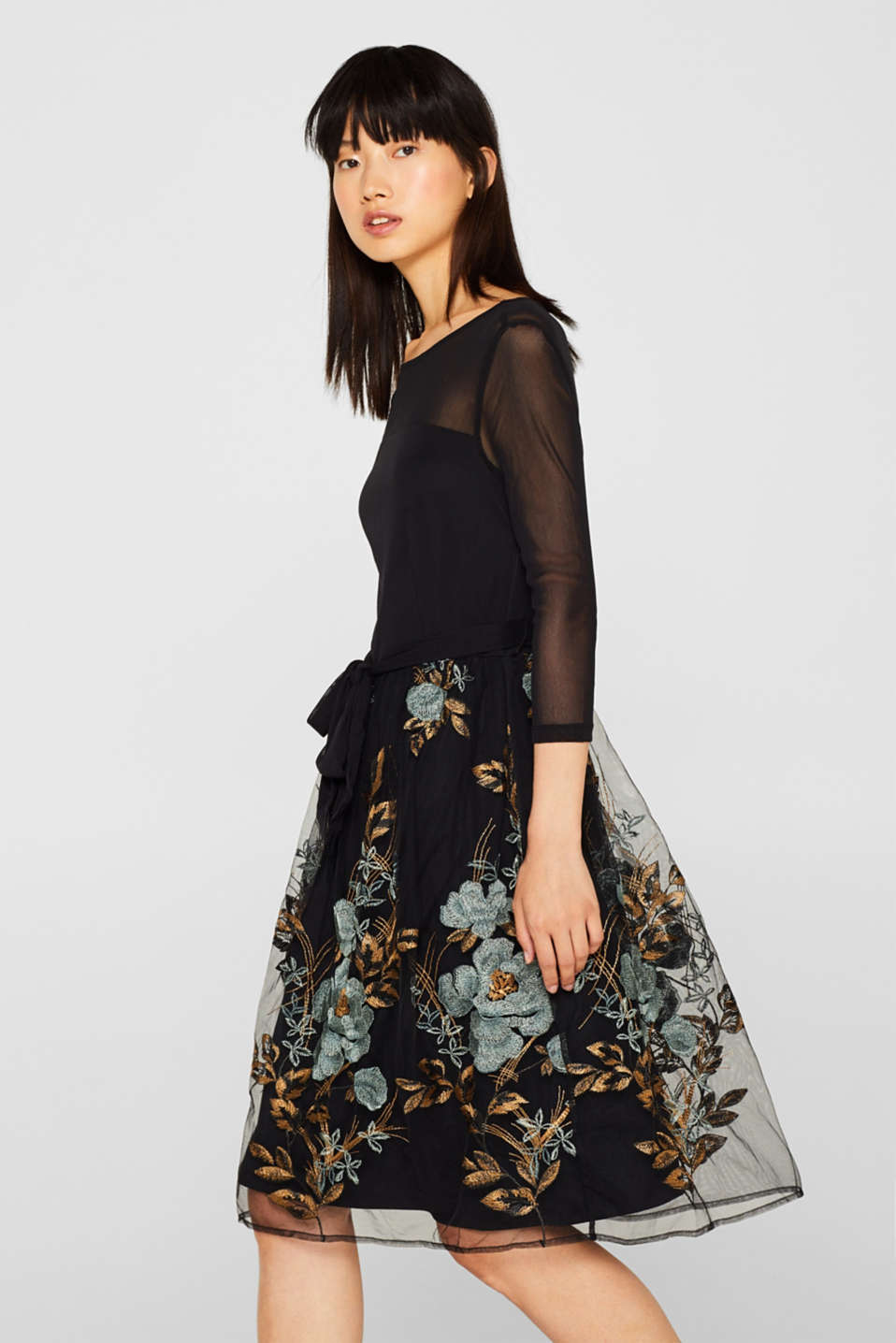 Esprit - Embroidered mesh dress