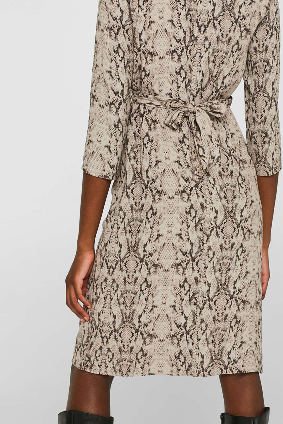 Wrap-over dress with a snake print, TAUPE, detail image number 5