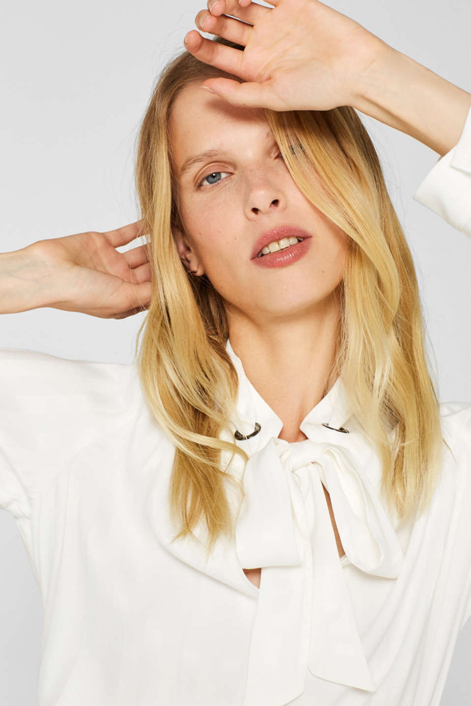Pussycat bow blouse with matte-sheen stripes, OFF WHITE, detail image number 6