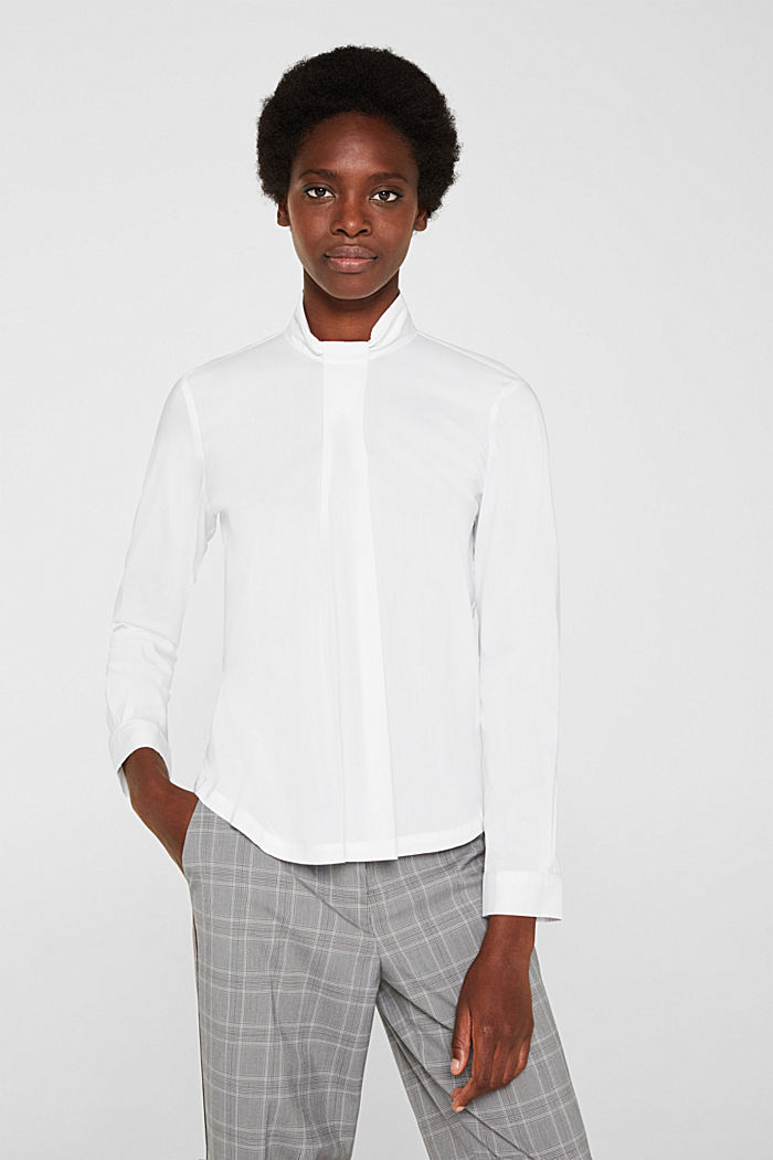 High-neck blouse made of poplin