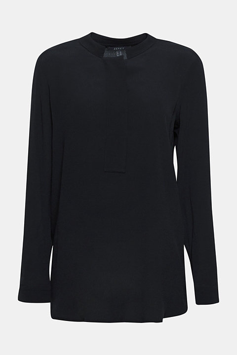 Crêpe blouse with a stand-up collar
