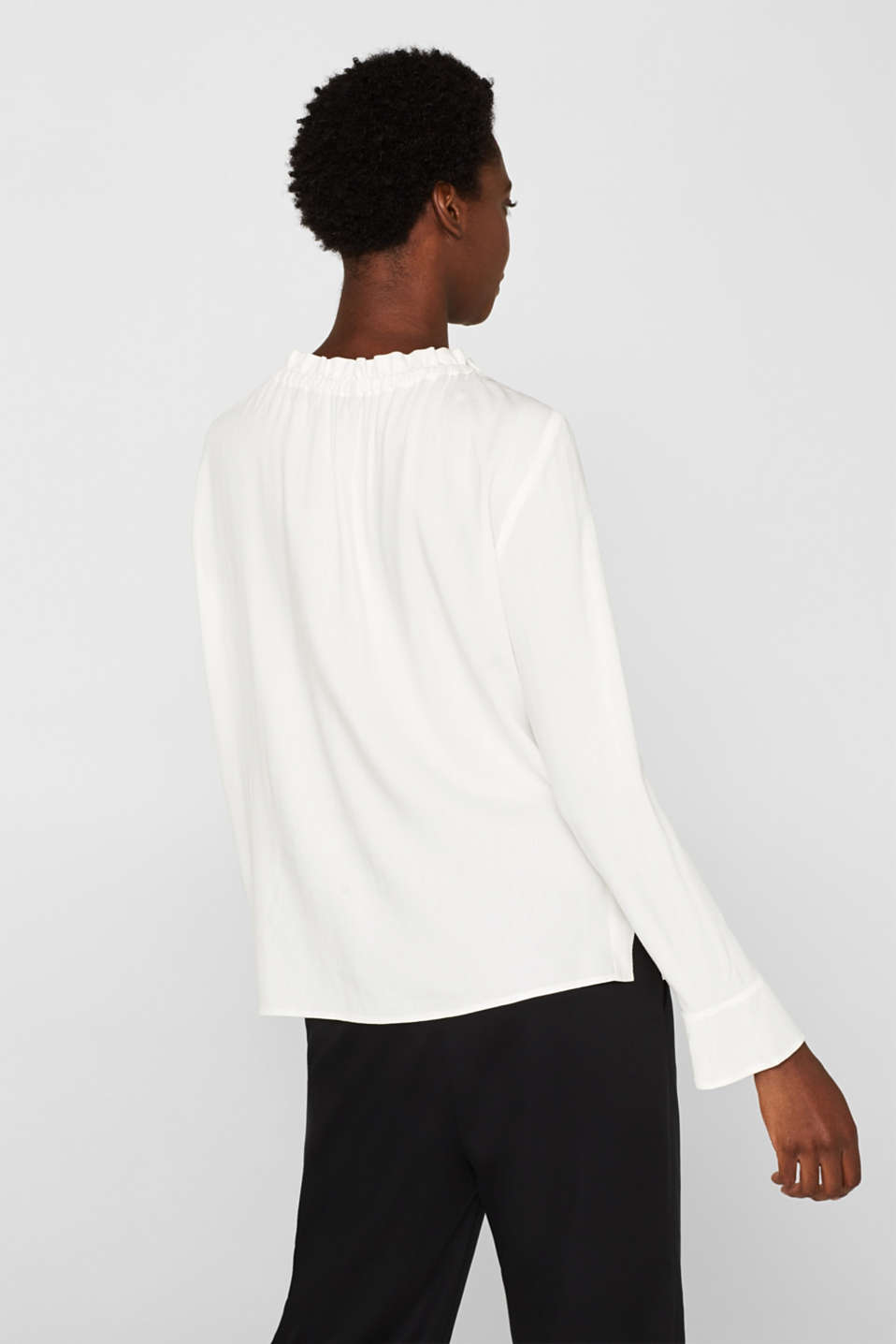 Jacquard blouse with a frilled neckline, OFF WHITE, detail image number 1