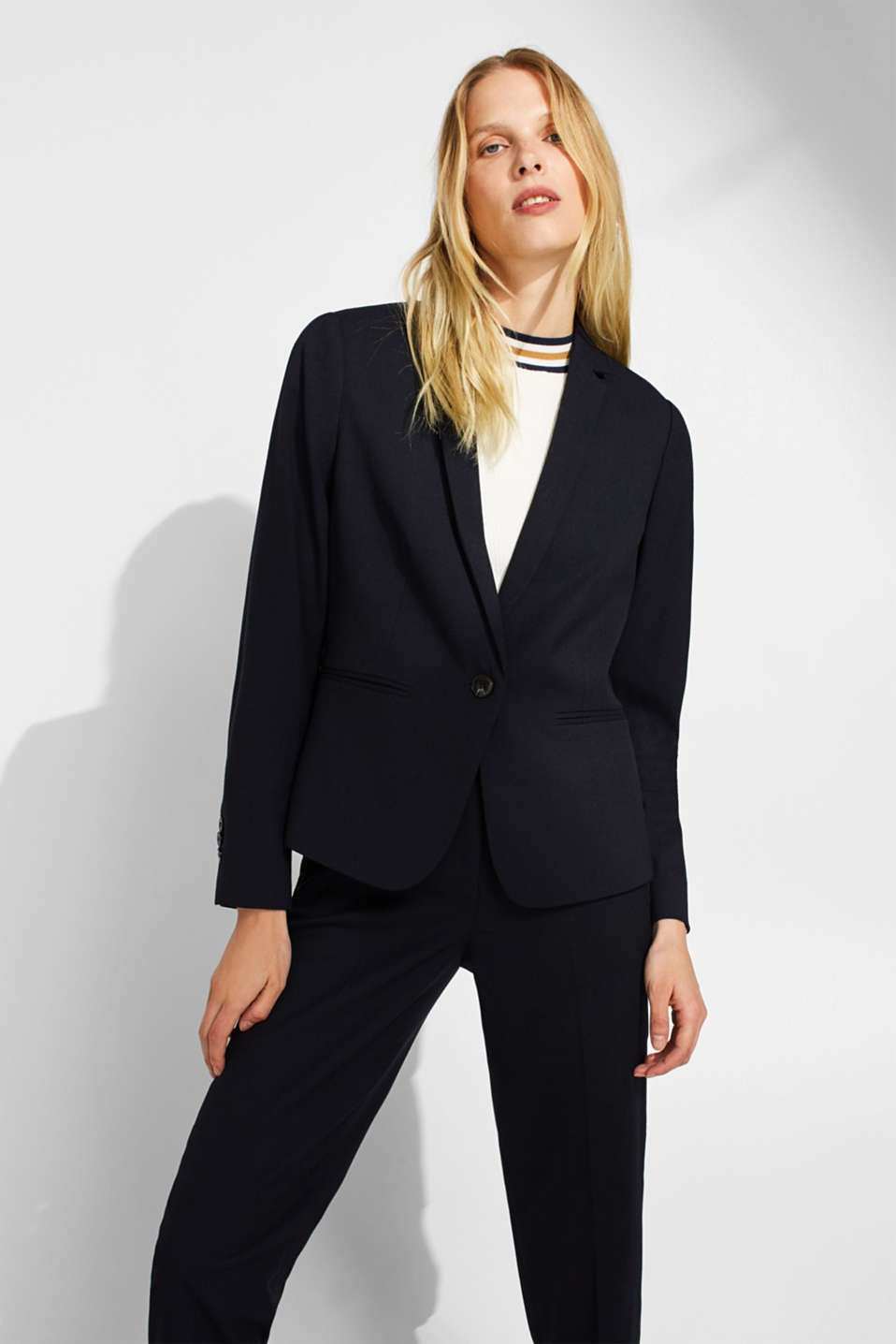 Esprit - Textured blazer with added stretch