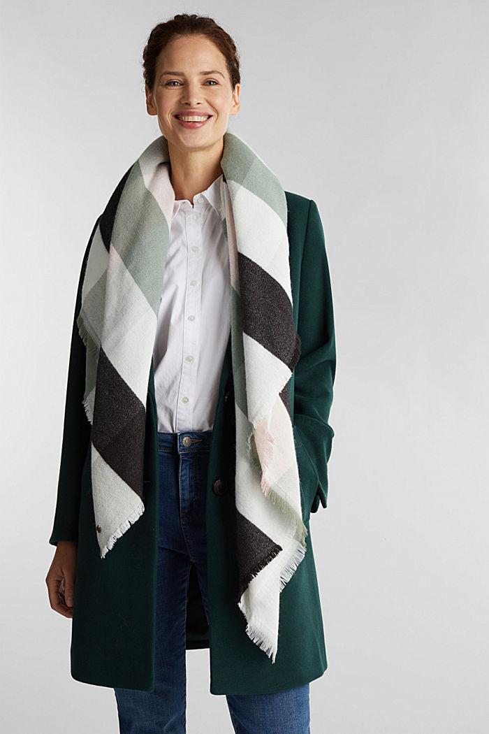 Mit Wolle: weicher Karo-Schal, recycelt
