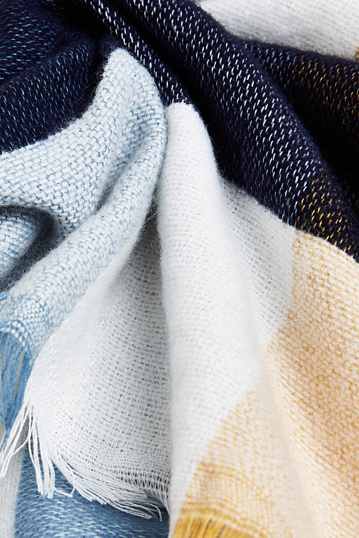 Wool blend: soft check scarf, recycled, BLUE, detail image number 2