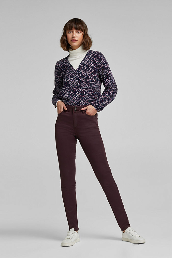 Coated stretch trousers with two buttons, BORDEAUX RED, detail image number 1
