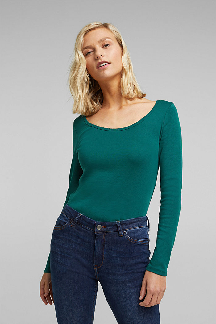 Feminine long sleeve top made of organic cotton