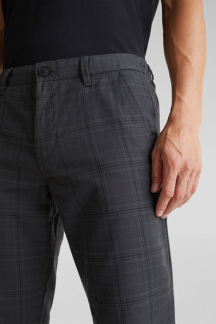 Prince of Wales check chinos with added stretch for comfort, DARK GREY, detail image number 1