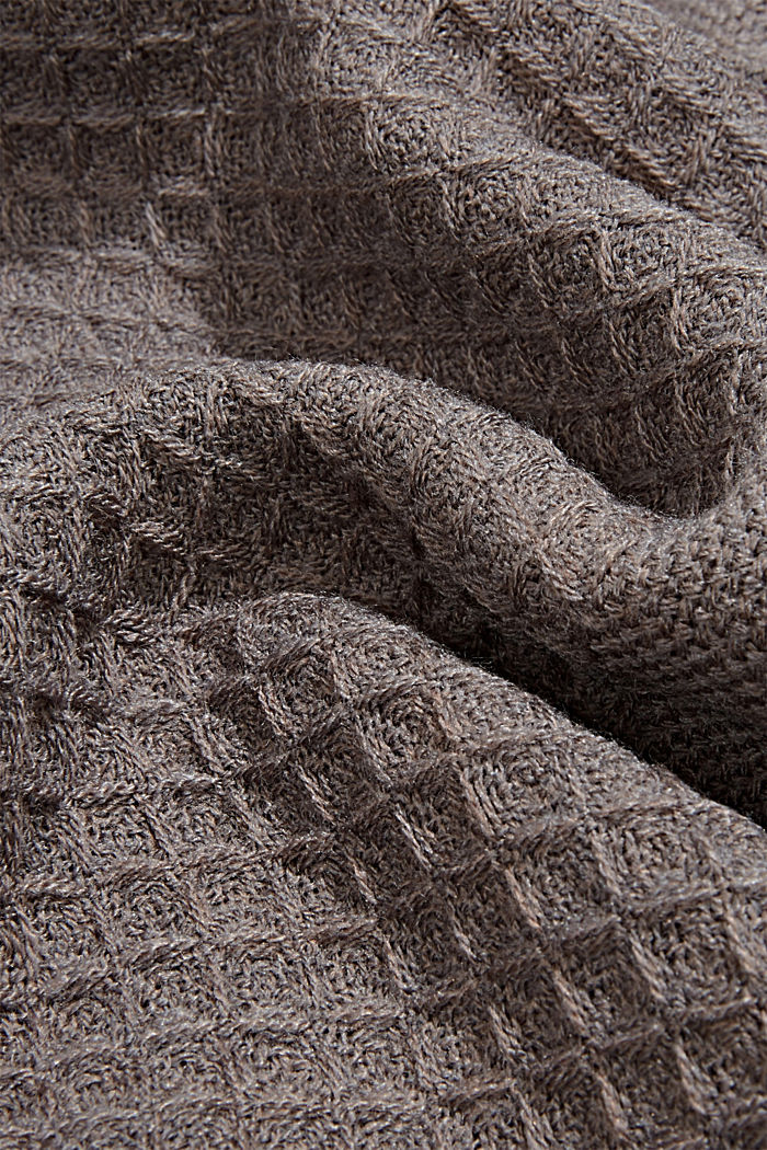 Recycled: mixed texture woven scarf, LIGHT GREY, detail image number 2
