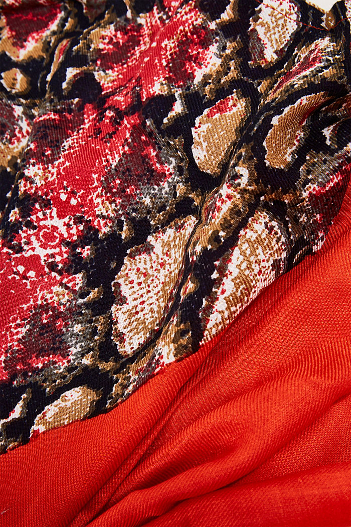 Scarf made of LENZING™ ECOVERO™, RED, detail image number 2