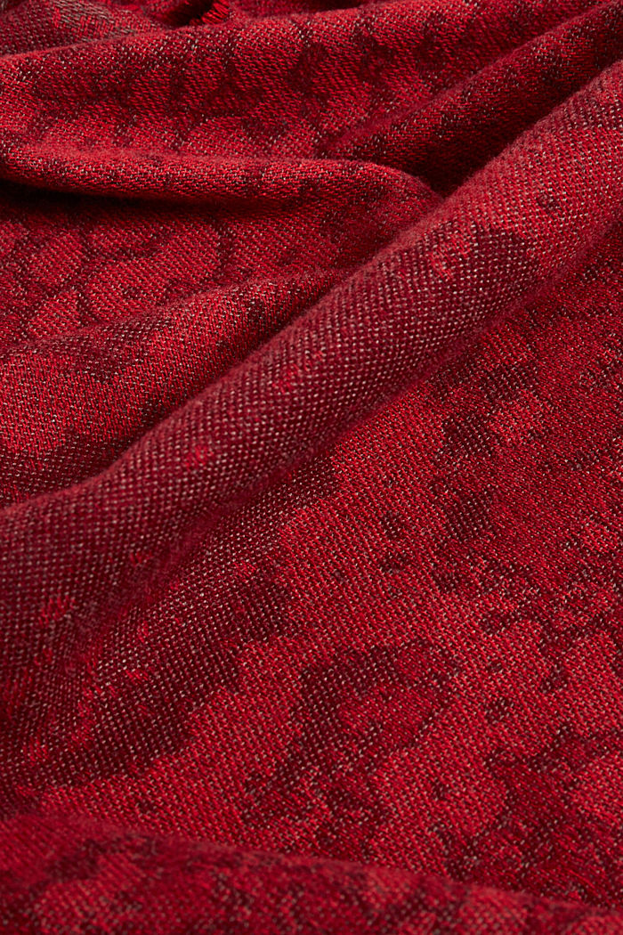 Recycled: soft scarf with snakeskin pattern, GARNET RED, detail image number 2