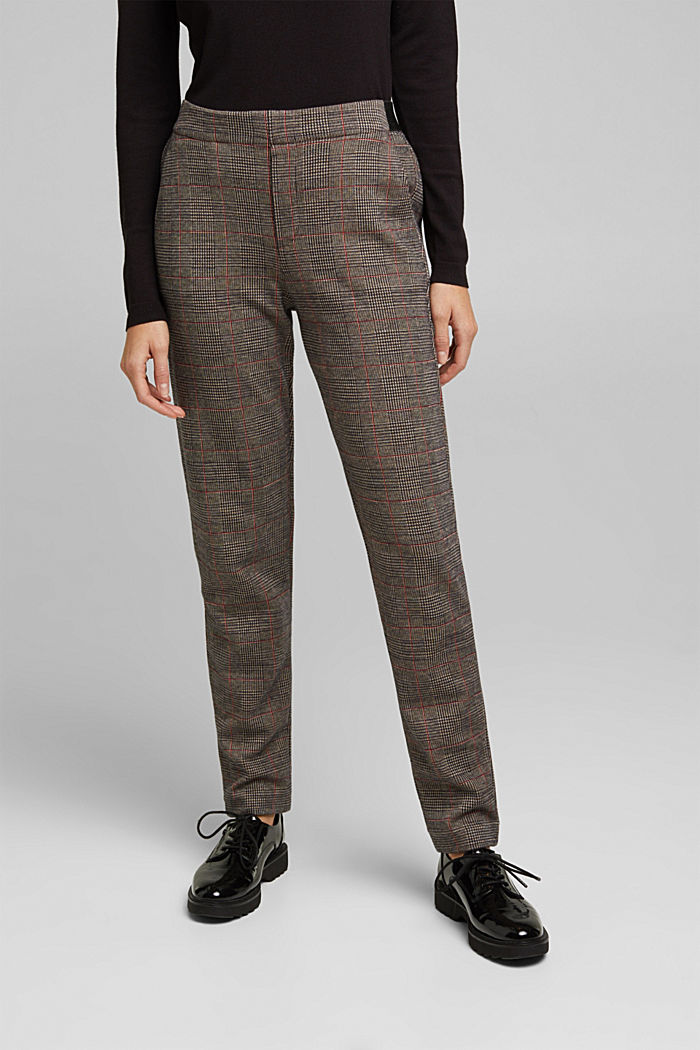 Tracksuit bottoms with a Prince of Wales check pattern