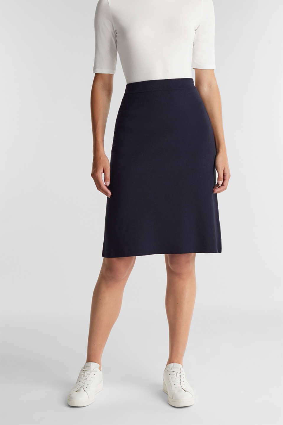 Esprit - Knitted skirt with organic cotton and stretch