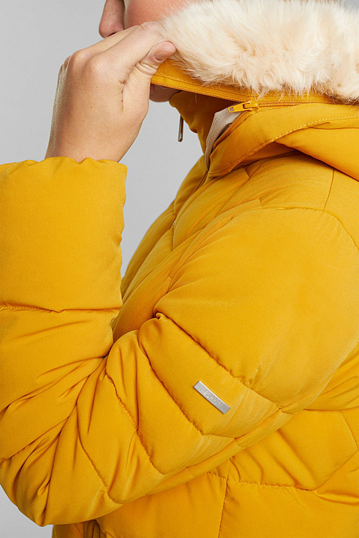 Recycled: quilted coat with a hood, BRASS YELLOW, detail image number 2