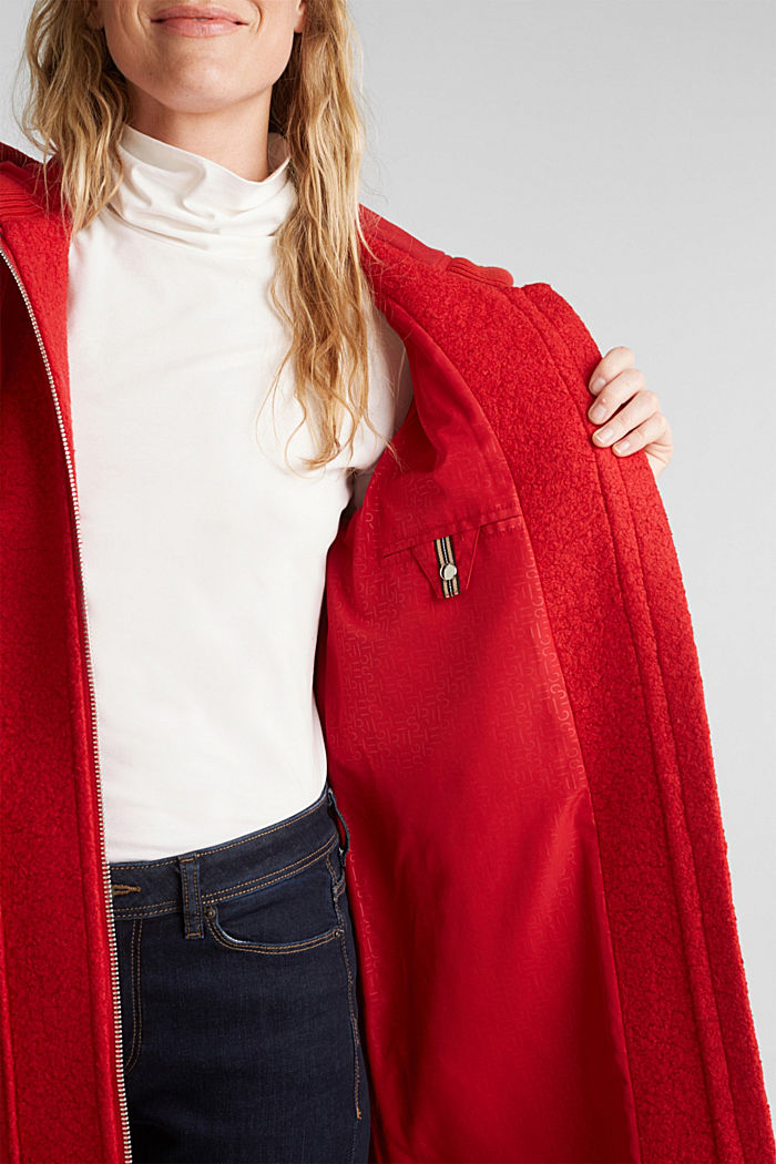 Made of blended wool: Bouclé coat with hood, RED, detail image number 2