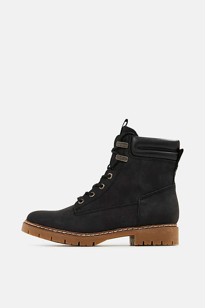 Boots in faux nubuck leather