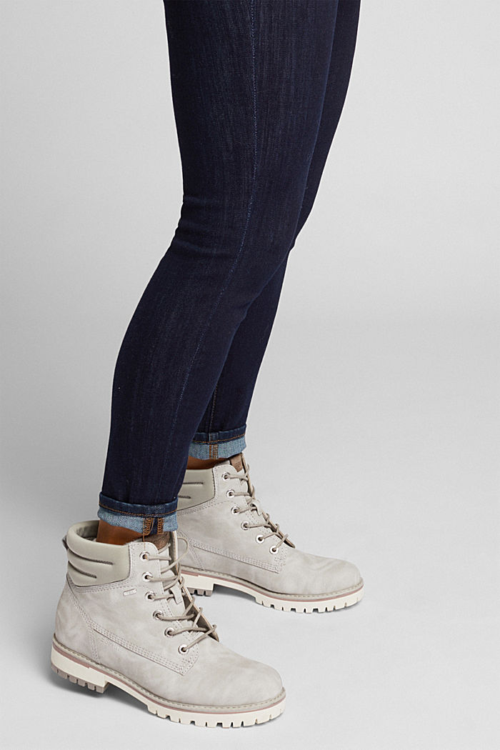 Lace-up boots with a TEX membrane