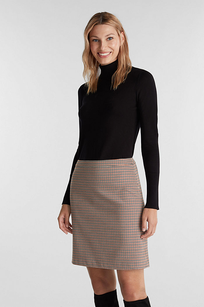 Recycled: Skirt with a herringbone pattern