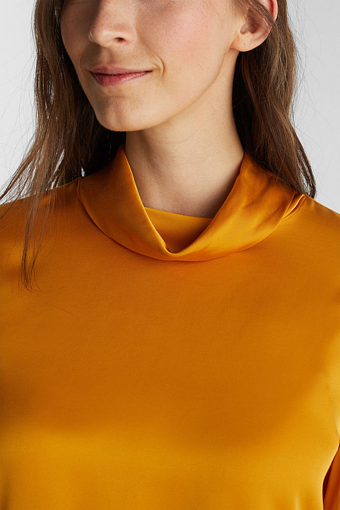 Satin blouse made of LENZING™ ECOVERO™, HONEY YELLOW, detail image number 2