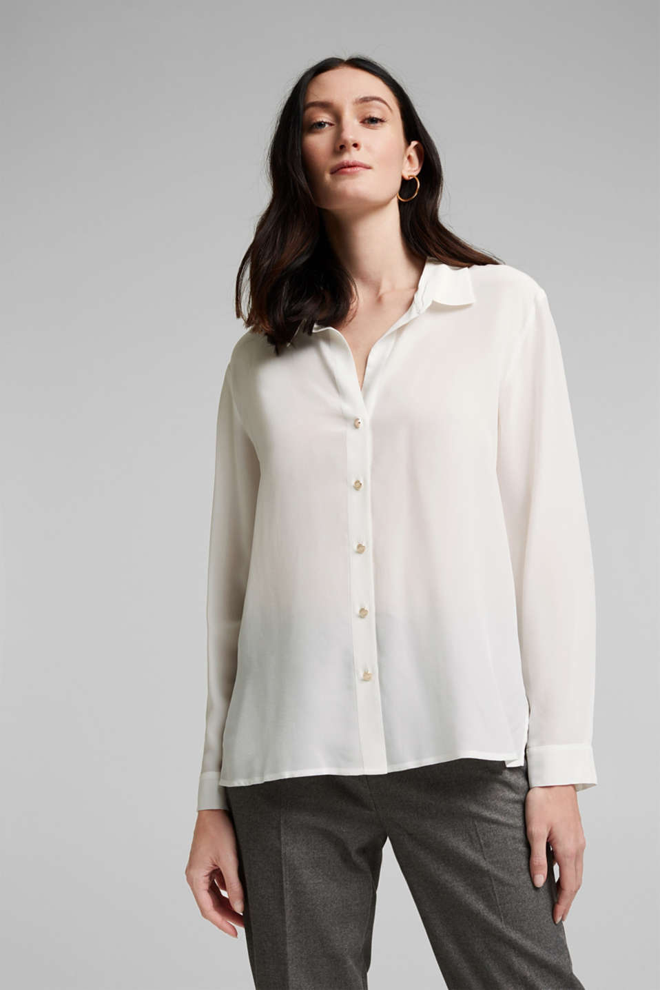 Esprit - Made of blended silk: shirt-style blouse