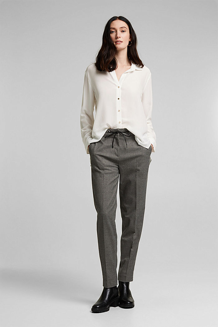 Made of blended silk: shirt-style blouse, OFF WHITE, detail image number 1