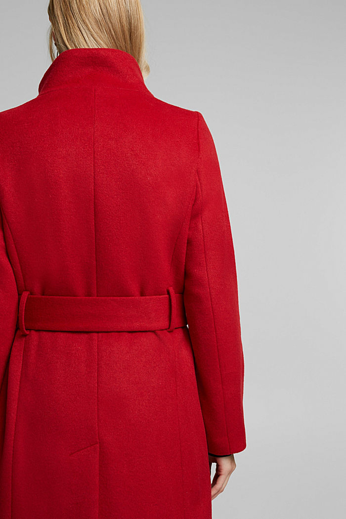 With wool: fitted coat with a belt, DARK RED, detail image number 5