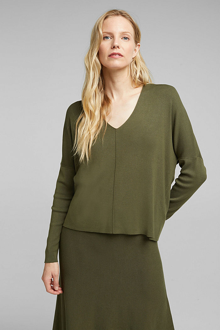 LENZING™ ECOVERO™ jumper with a V-neck, KHAKI GREEN, detail image number 0