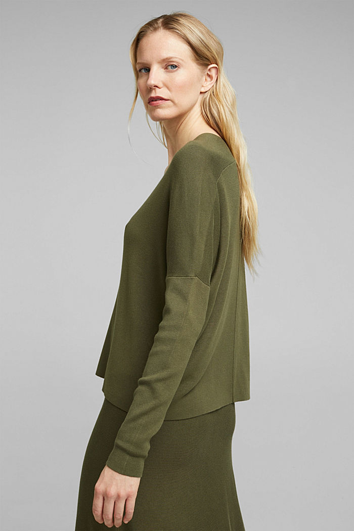 LENZING™ ECOVERO™ jumper with a V-neck, KHAKI GREEN, detail image number 3