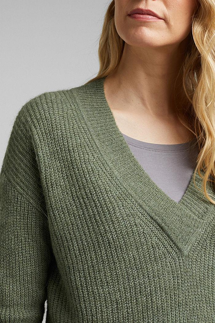 Alpaca blend: V-neck jumper, KHAKI GREEN, detail image number 2
