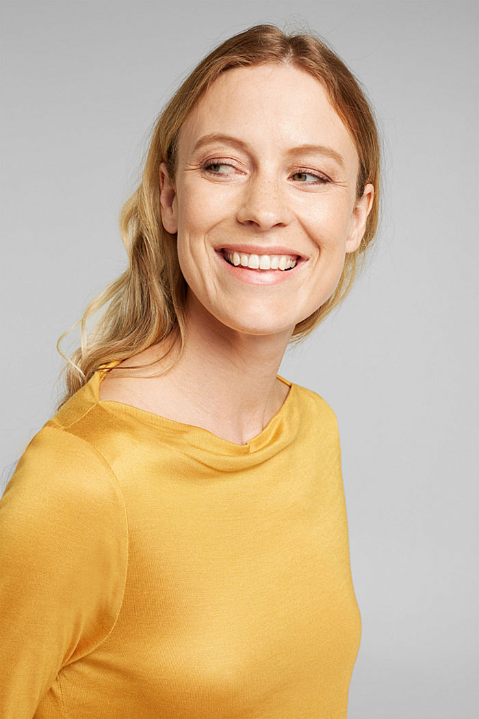 Softly shimmering long sleeve top with a bateau neckline, HONEY YELLOW, detail image number 5