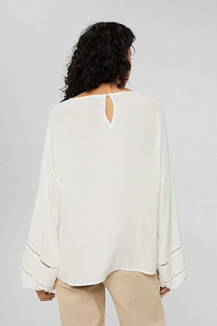 Blouse with broderie anglaise made of LENZING™ ECOVERO™, OFF WHITE, detail image number 3