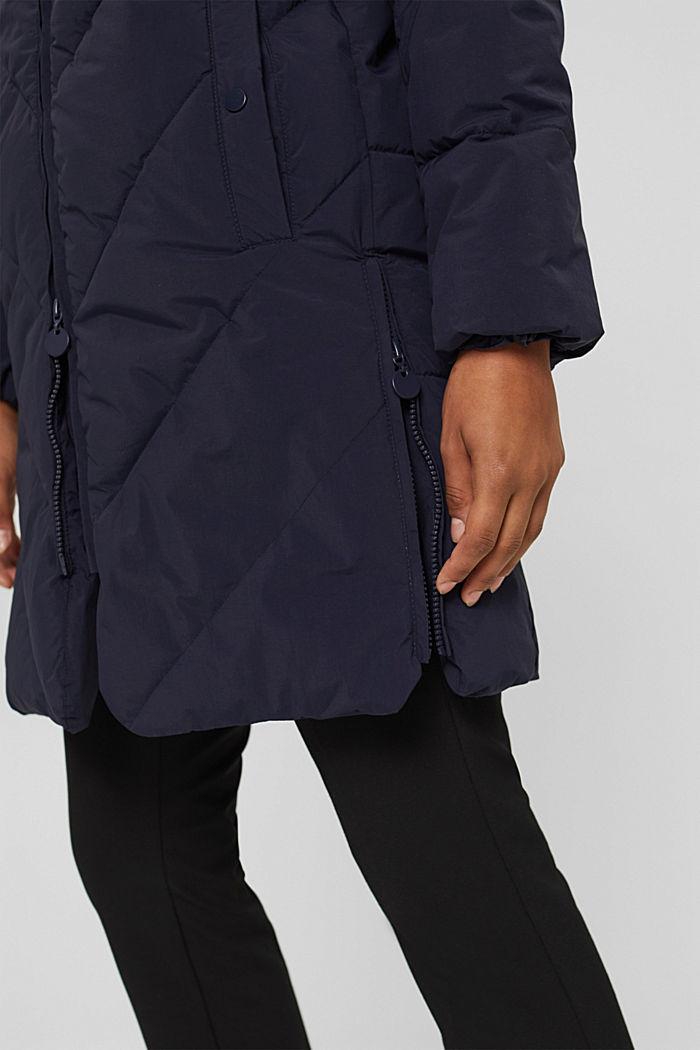 En matière recyclée: le manteau matelassé zippé à la base, NAVY, detail image number 2
