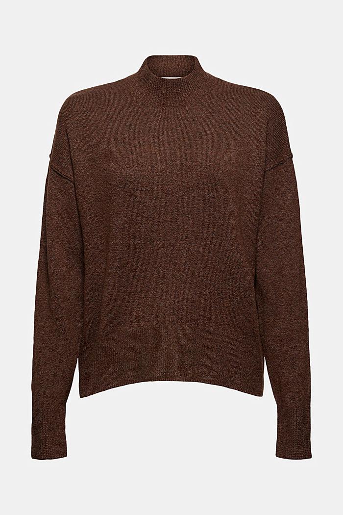 À teneur en laine: le pull-over à coutures inversées