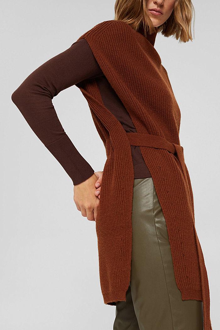 Responsible Wool: poncho met riem