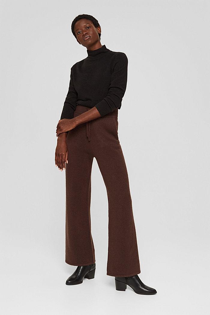 Mit Wolle: gestrickte Hose mit weitem Bein